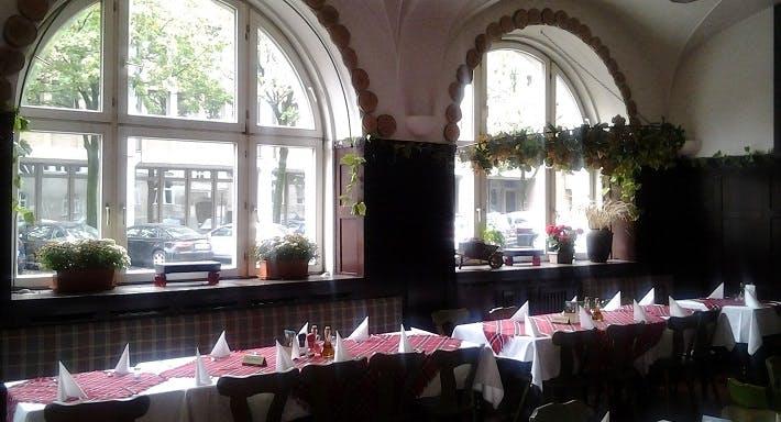 Restaurant TANGRA München image 3