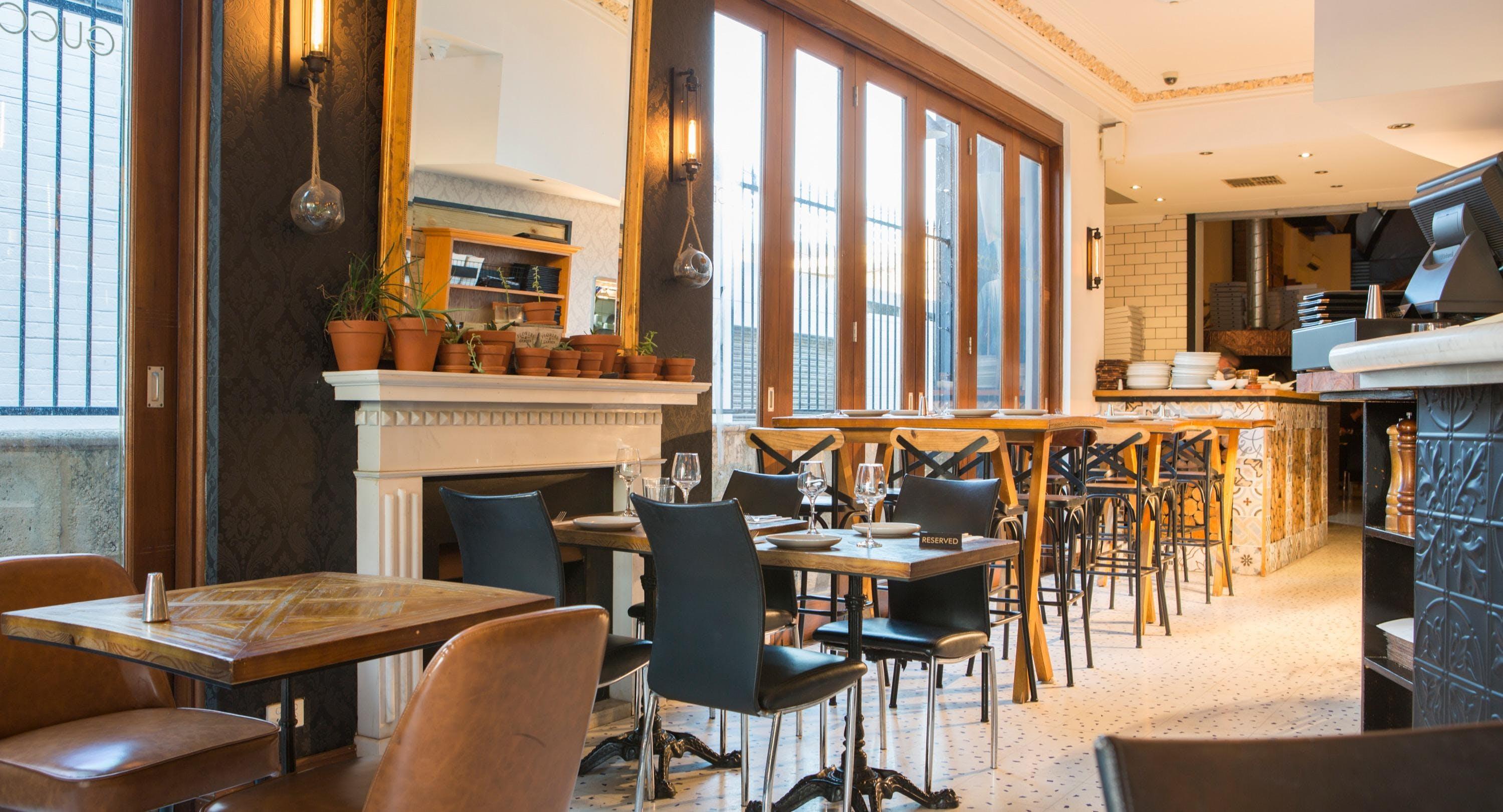 Gucce Pizzeria e Cucina Italiana Perth image 2