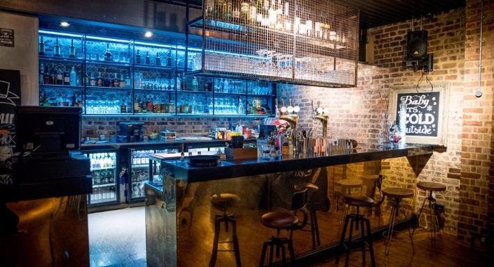 Royal Standard Cocktail Bar and Restaurant London image 3