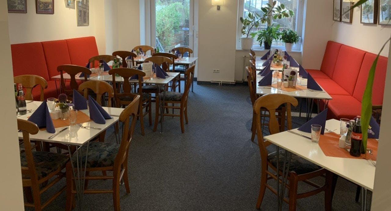 Schmuck's Restauration