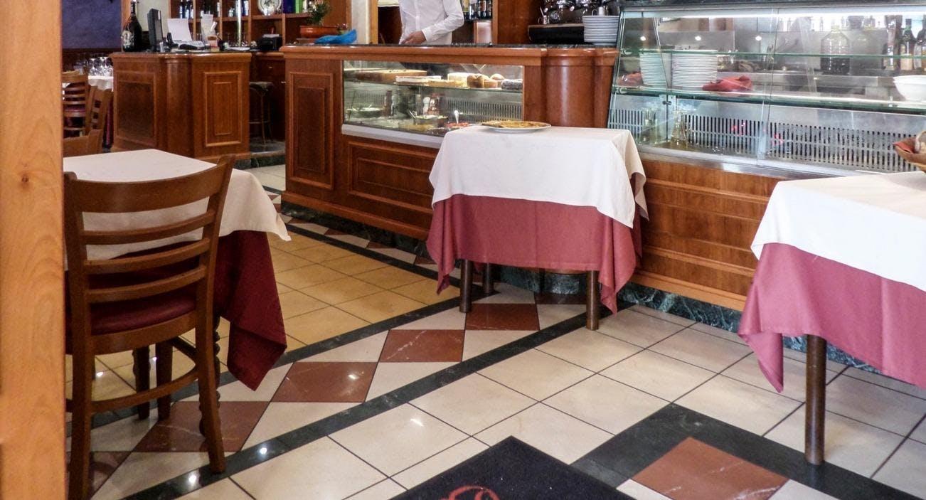 Osteria Dei Pontefici Roma image 1