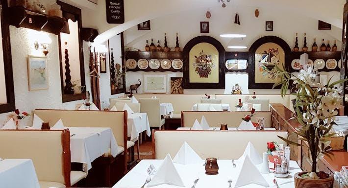bella Santi Wien image 3