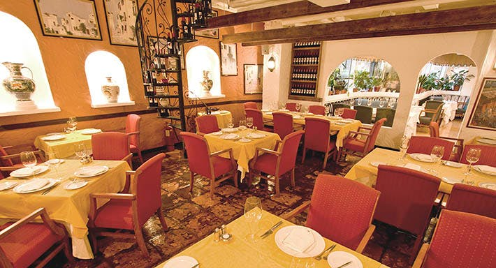 Ole Spanish Restaurant & Wine Bar Hong Kong image 2