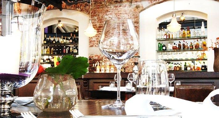 Elements DELI & Restaurant Dresden image 1
