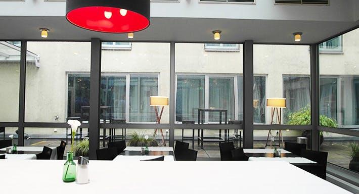 """InterCityHotel Wien (Restaurant """"Vom Feinsten"""") Wien image 2"""