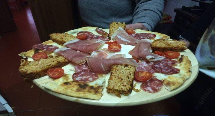 La Piazzetta Chiacchierata Napoli image 5
