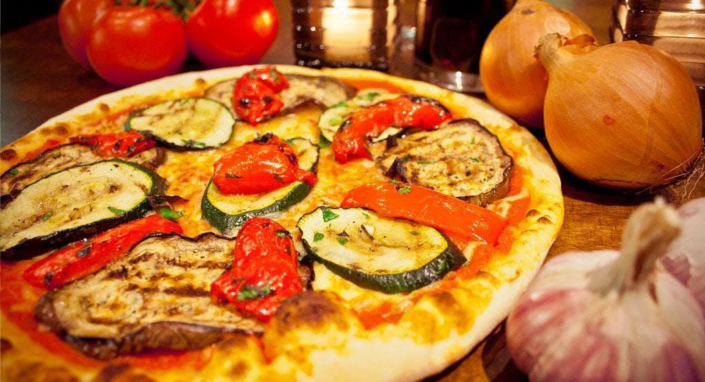 Pizzeria Etna Heerenveen image 1