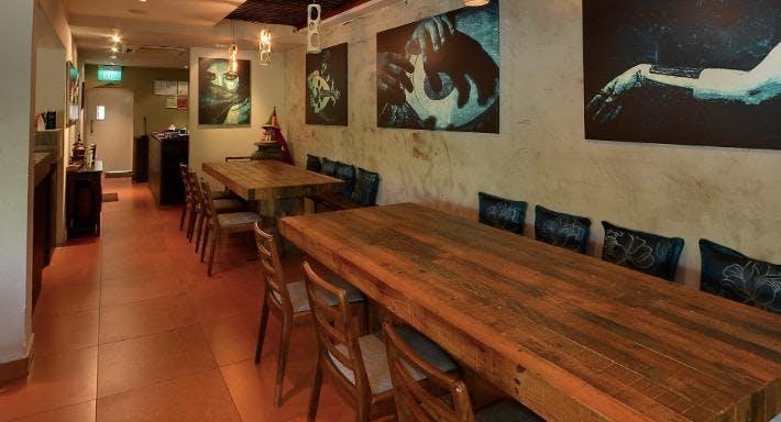 Qasr Grille & Mezze Bar Singapore image 3