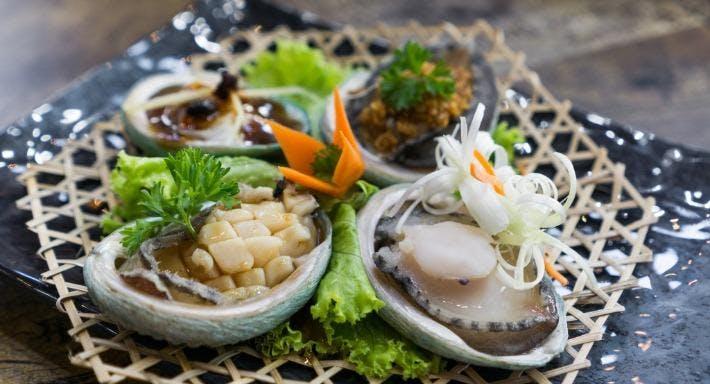 Sea Tripod Seafood Paradise Singapore image 6
