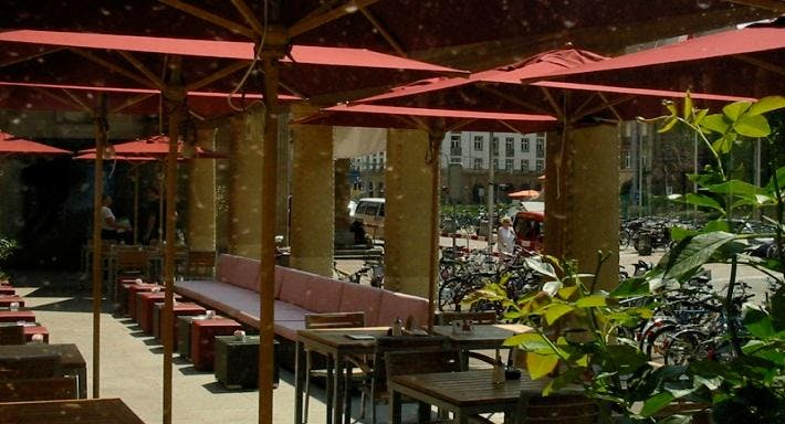 Les Gareçons Basel image 9