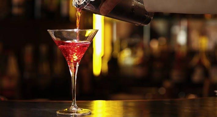 Renaissance Bar