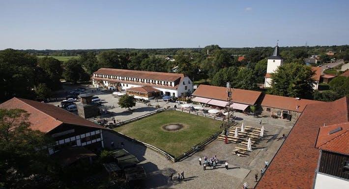 Schloss Diedersdorf Berlin image 3