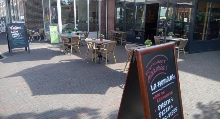 La Famiglia Noordwijk image 1