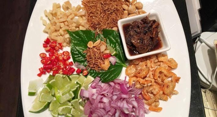 Lemongrass Thai On Tedder Gold Coast image 2