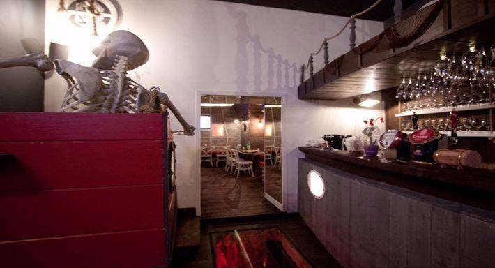 Jolly Roger Pub Napoli image 5