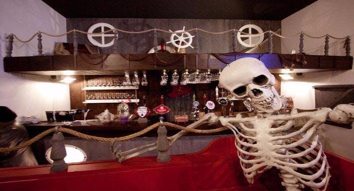 Jolly Roger Pub Napoli image 7