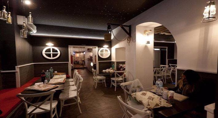 Jolly Roger Pub Napoli image 2