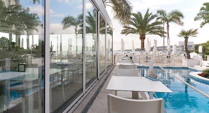 Sicilia's Cafe de Mar Catania image 3