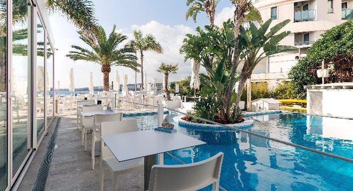 Sicilia's Cafe de Mar Catania image 9