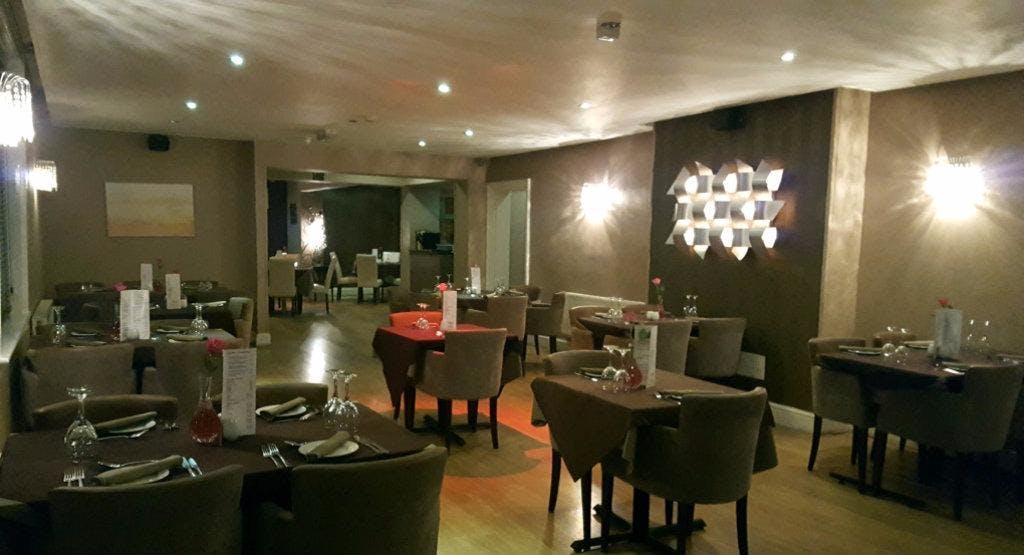 Aashiq's Balti Restaurant Burntwood image 1