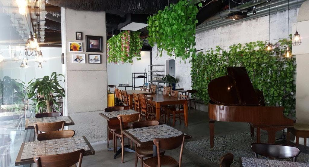 Le Saigon Sydney image 1
