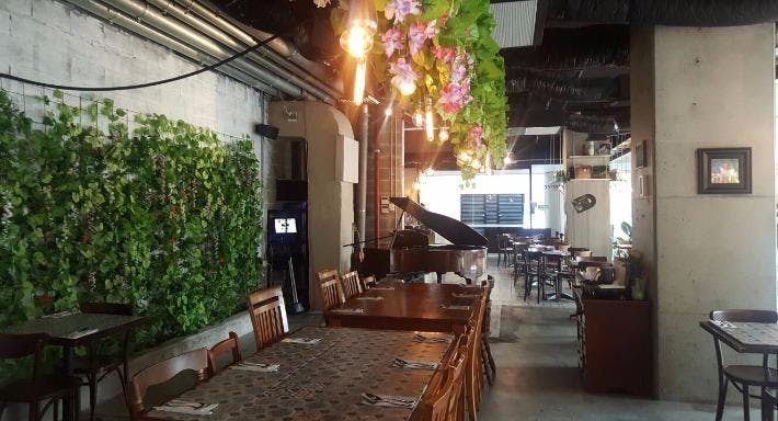 Le Saigon Sydney image 3