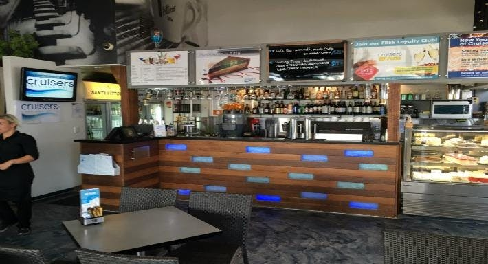 Cruisers Cafe, Bar and Grill