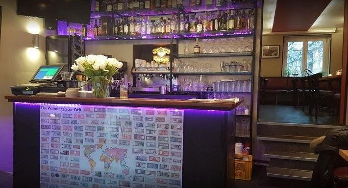Cafe Curiousa Hamburg image 2
