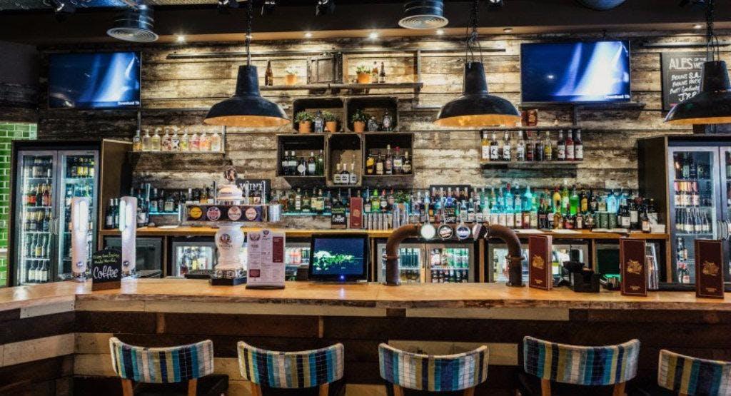 Around the World Bar and Lounge - Nottingham Nottingham image 1