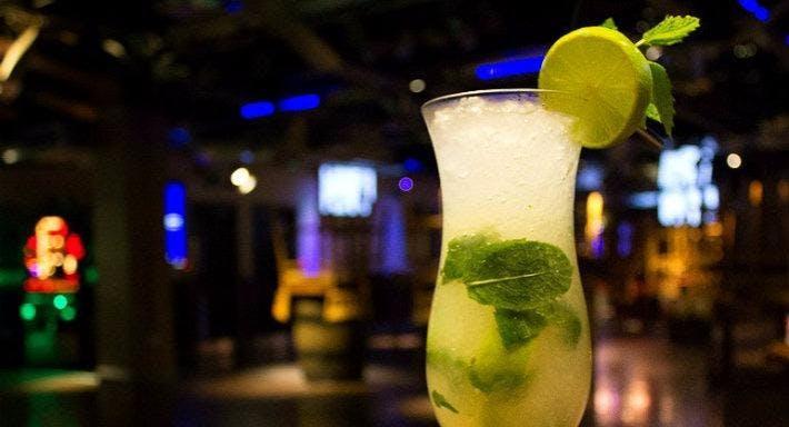 Around the World Bar and Lounge - Nottingham Nottingham image 4