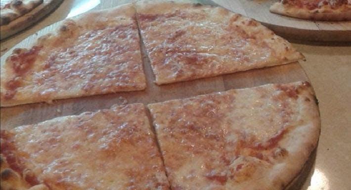 Pizzeria Il Fornaretto Pisa image 3