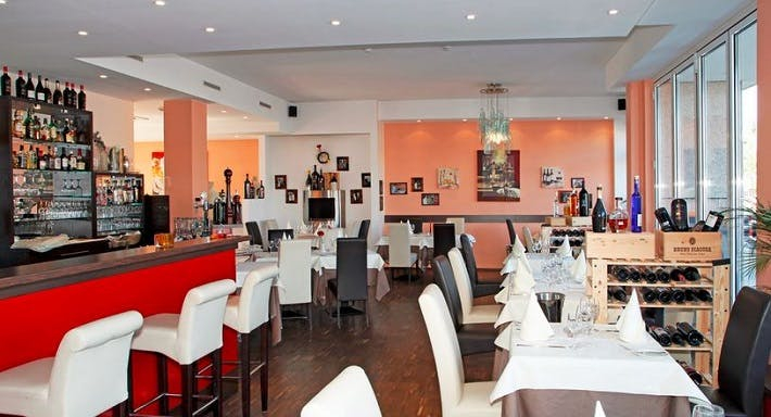 Olive Restaurant & Weinbar Frankfurt image 2