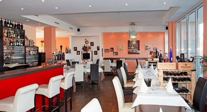 Olive Restaurant & Weinbar