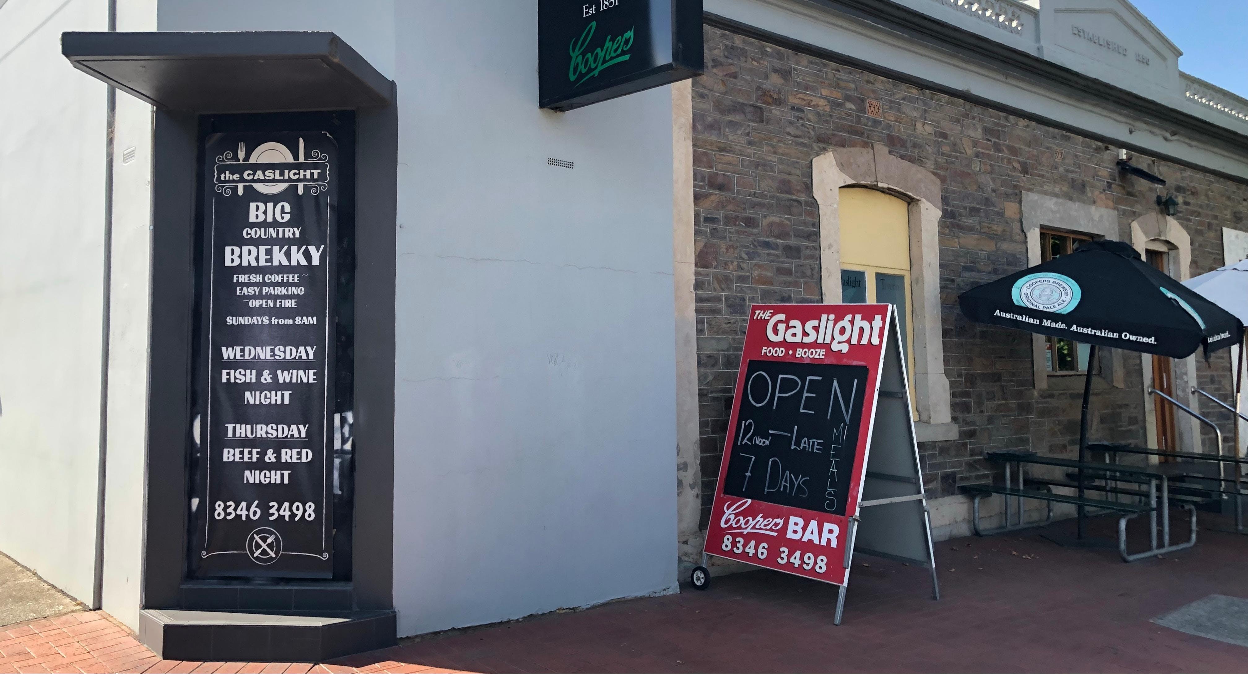 Gaslight Tavern