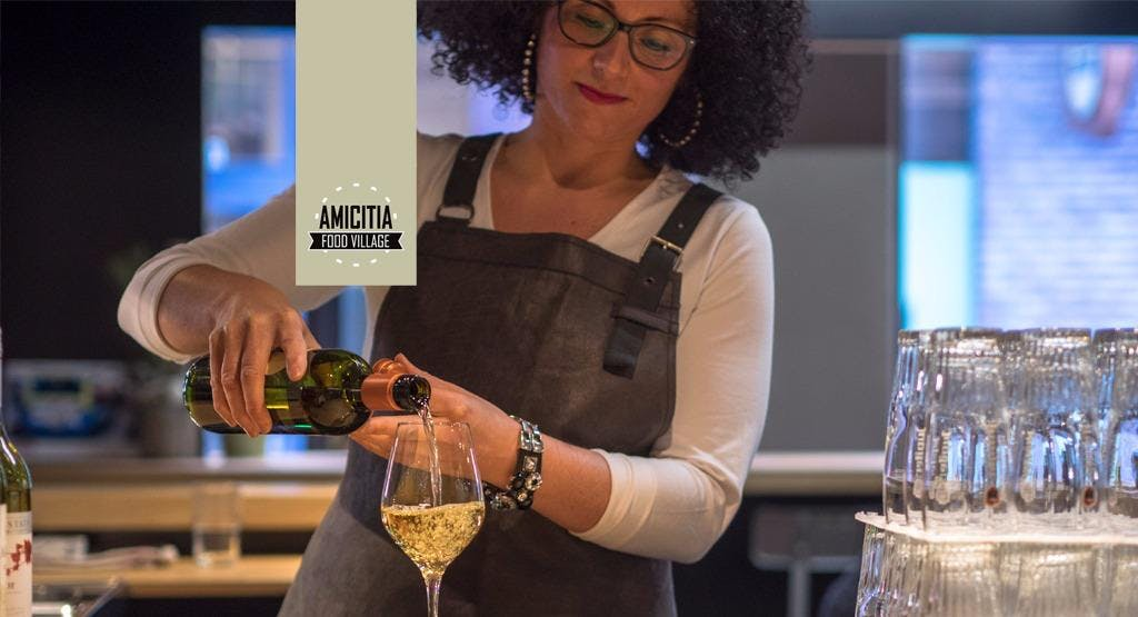 Amicitia Food Village - Bar Amersfoort image 1