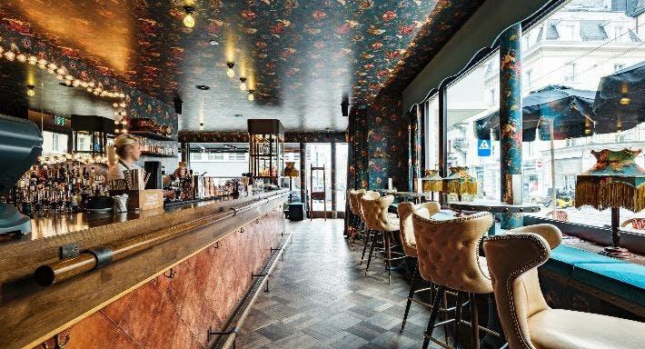 Restaurant & Bar Razzia Zürich image 7