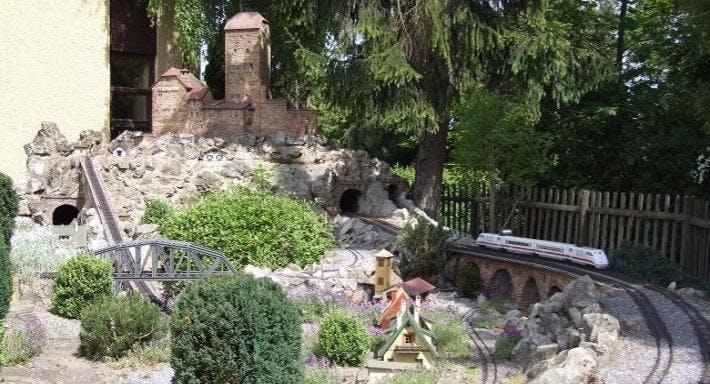Dechbettener Hof Regensburg image 2