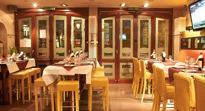 MaxBar - Oldtown Restaurant