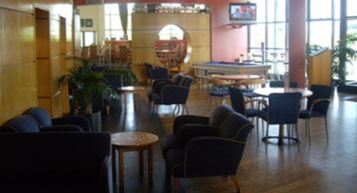 The Ritz Bar & Grill Edinburgh image 3