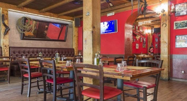 Silverado saloon Milano image 9