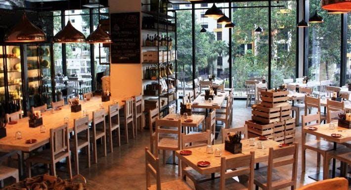 iO Italian Osteria Singapore image 2