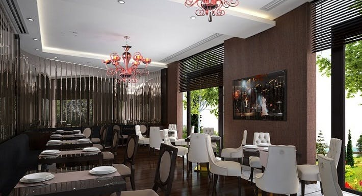 Oval Restaurant İstanbul image 2
