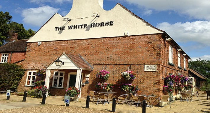 The White Horse Southill