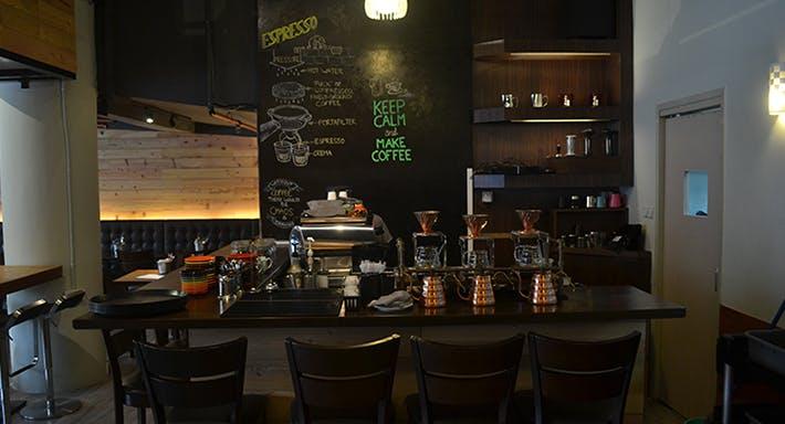 Royz et Vous Specialty Coffee Singapore image 3