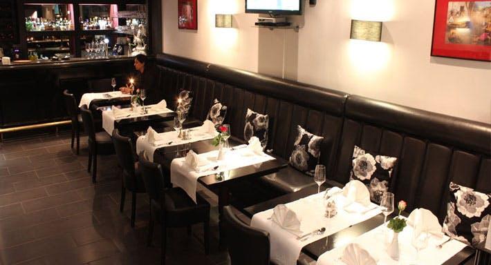 Tandoor Indian Restaurant Amsterdam image 2