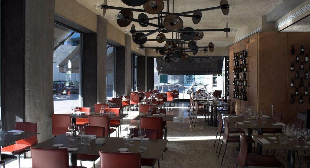 Yang sushi & fusion Milano image 1