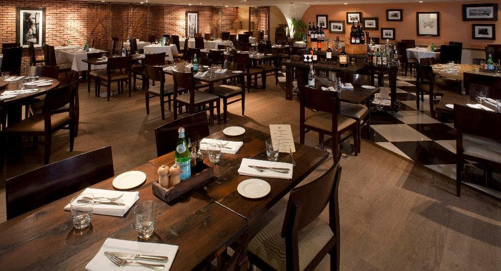 Osteria Ristorante Italiano 意大利餐廳 Hong Kong image 1