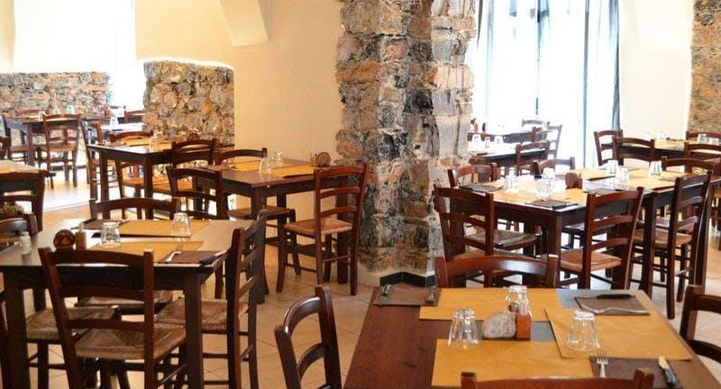 Trattoria Pizzeria Bella Napoli La Spezia image 3