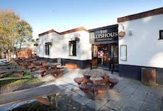 Restaurant Saltshouse Tavern Hull in Sutton-on-Hull, Hull