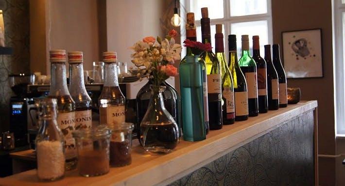 Café Mütlich Berlin image 3